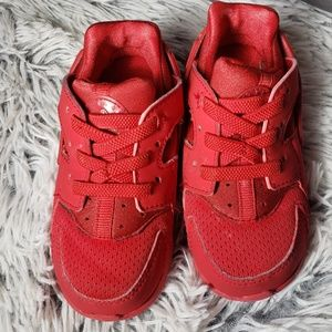 Unisex Nike Huaraches little kids size 7